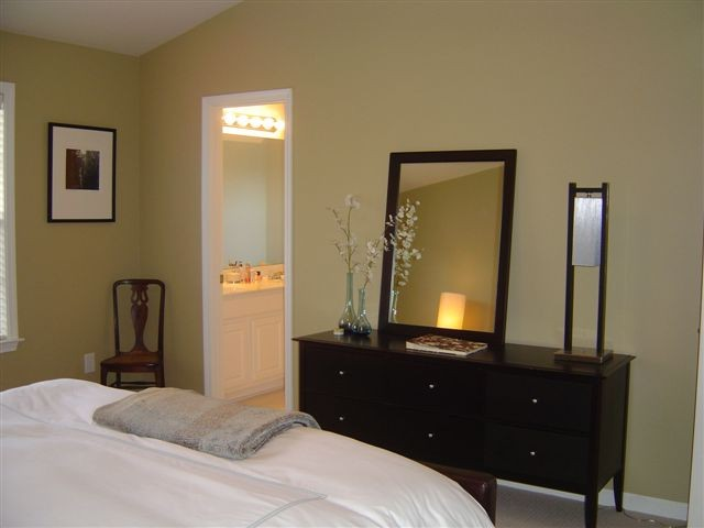 Bedroom+Guest+-+Townhomes+24
