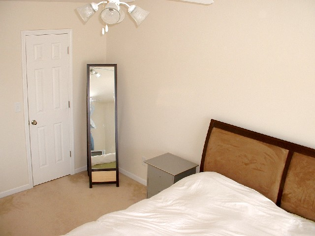 Bedroom+Master+2-Townhomes