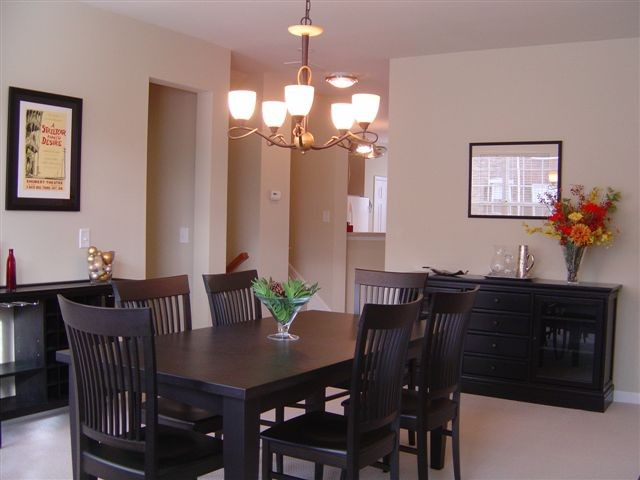 Dining+Room+-+Townhomes+27