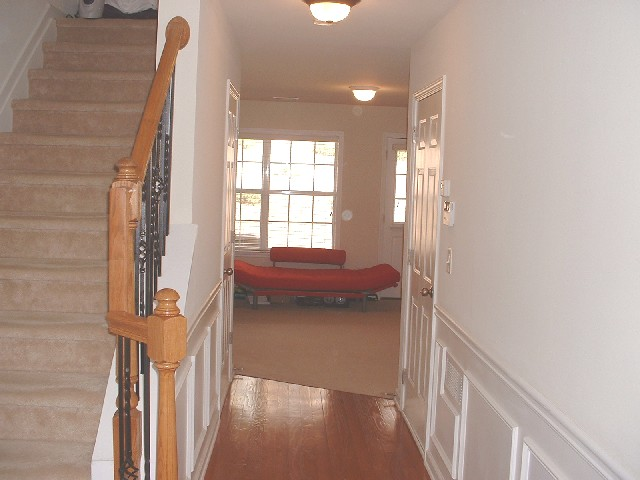 Foyer+-+Townhomes