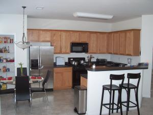 Kitchen+-+Townhomes+14