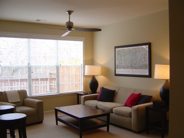 Living+Room+-+Townhomes+26