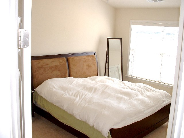 BedroomMaster-Townhomes-1