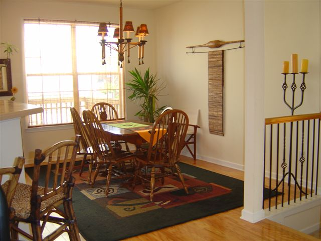 Diningroom2-Townhomes