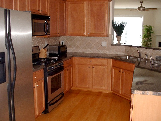 Kitchen-Townhomes
