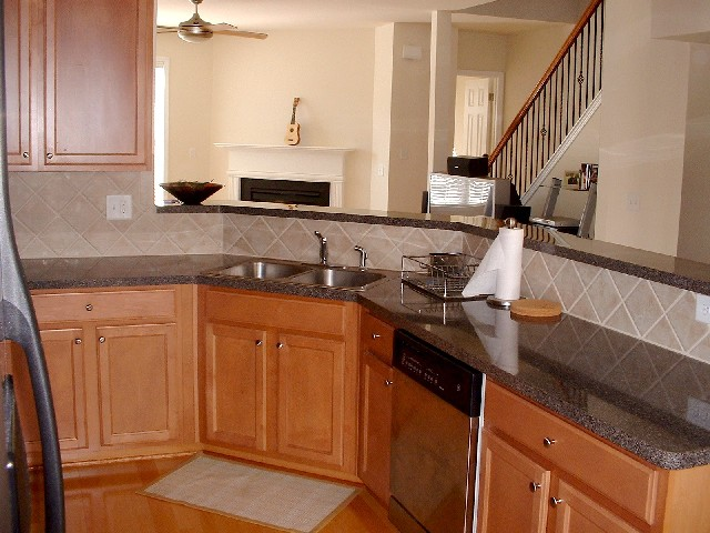 Kitchen3-Townhomes